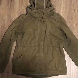 2/$25💎Bench jacket